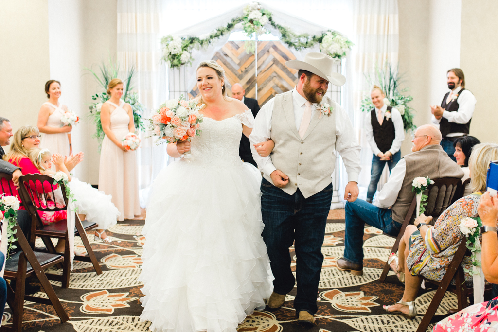 idahofallsweddingphotographer-anna-christine-photo-gunsngear-hotelwedding-19.jpg