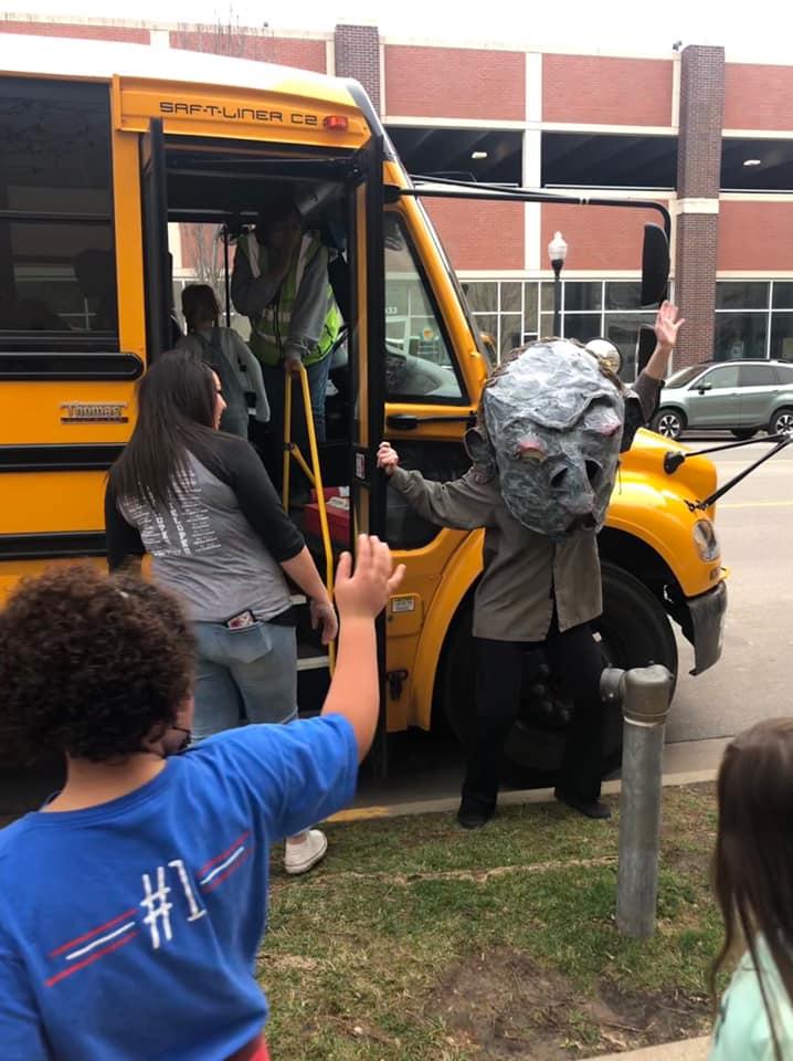 bus driver bye.jpg
