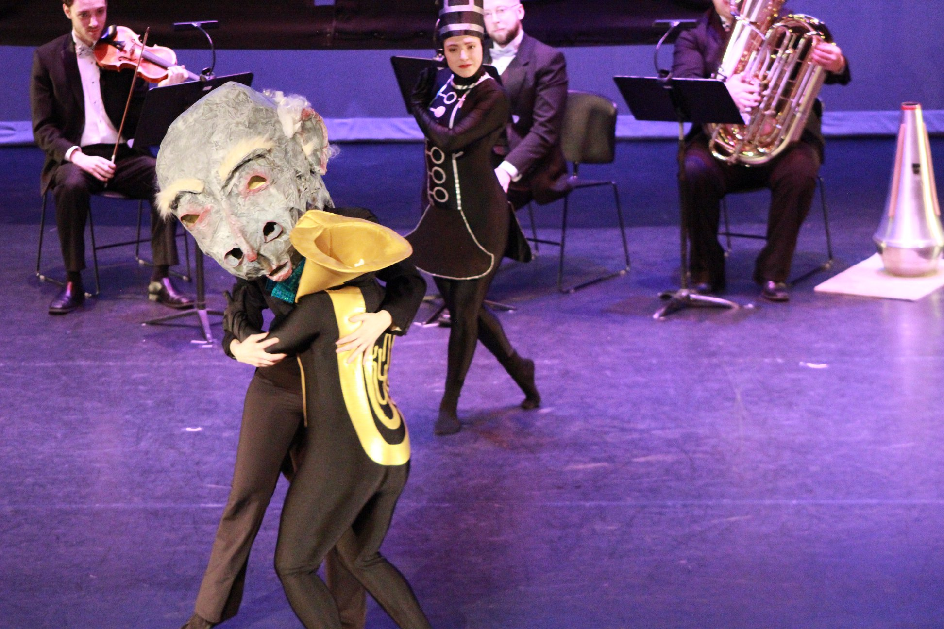 dancerorchestra1.jpg