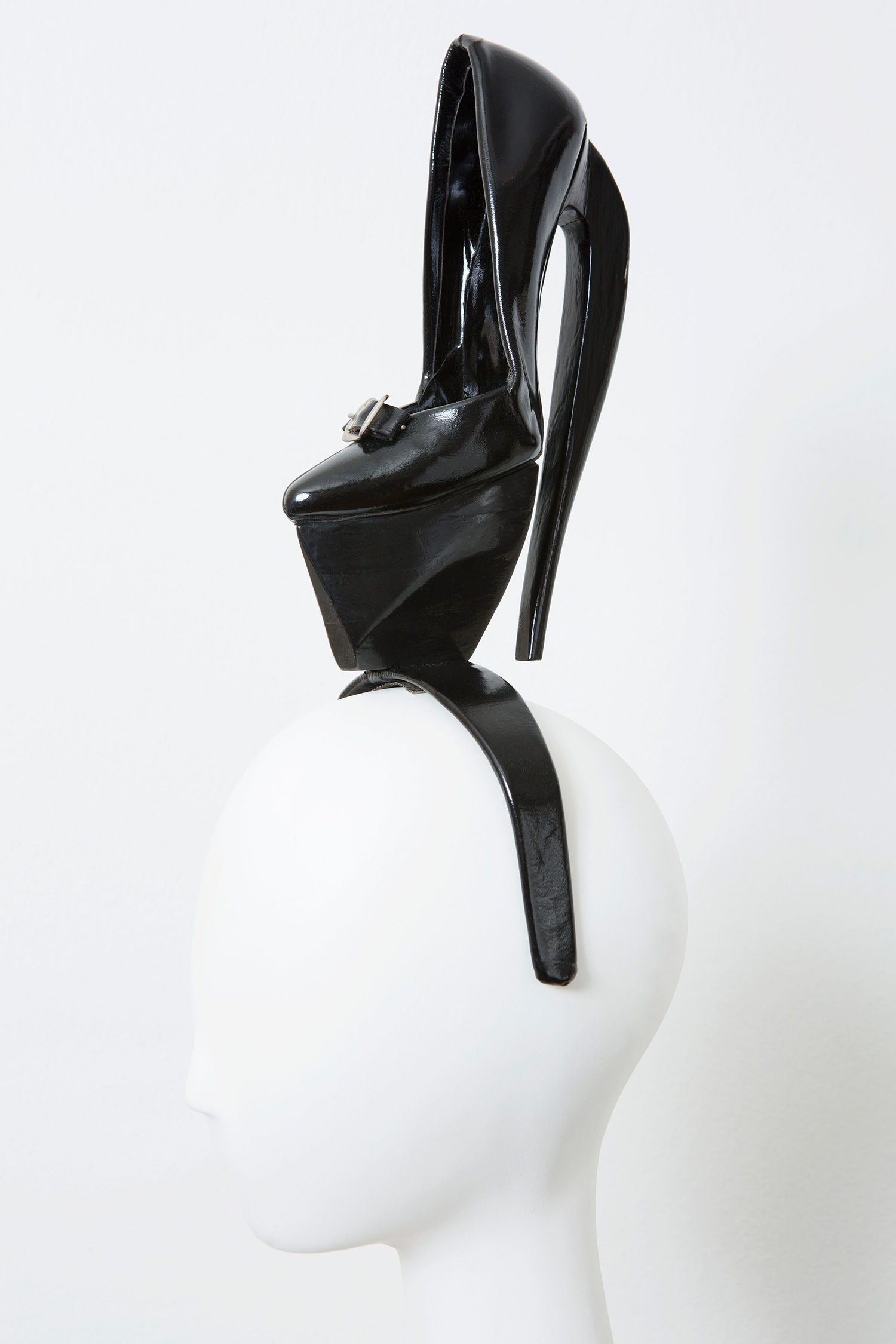 Shoe Headdress, 1990
