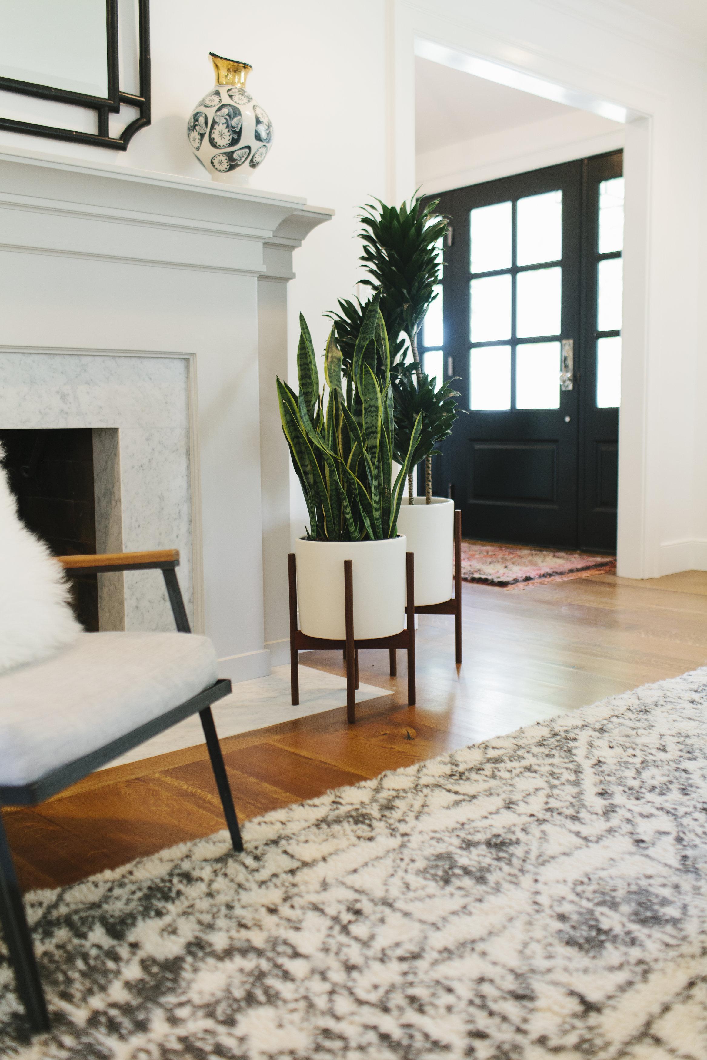Studio McGee - Lynwood Remodel Fireplace/Entry