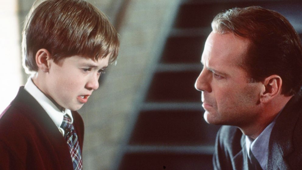 Bruce Willis and Haley Joel Osment in movie