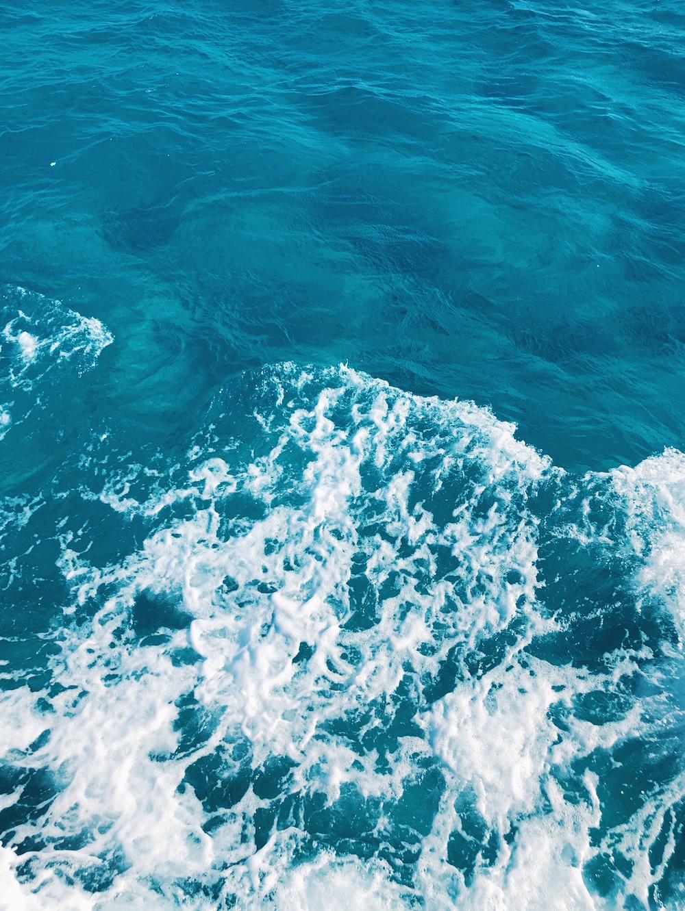 View of water from snorkel boat at Bahamas