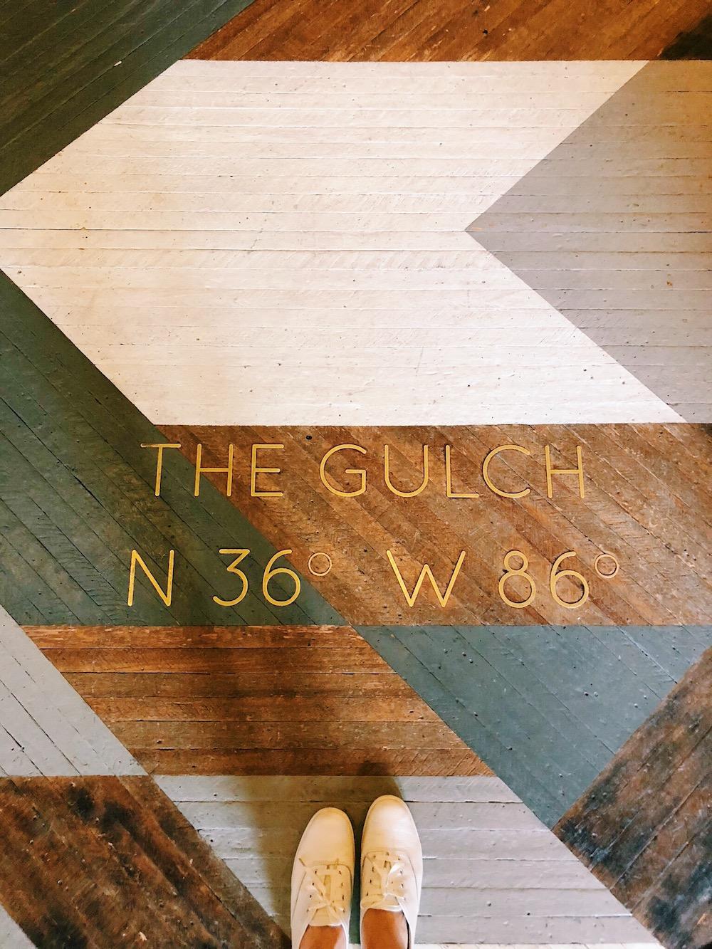 Art deco wood floor with location