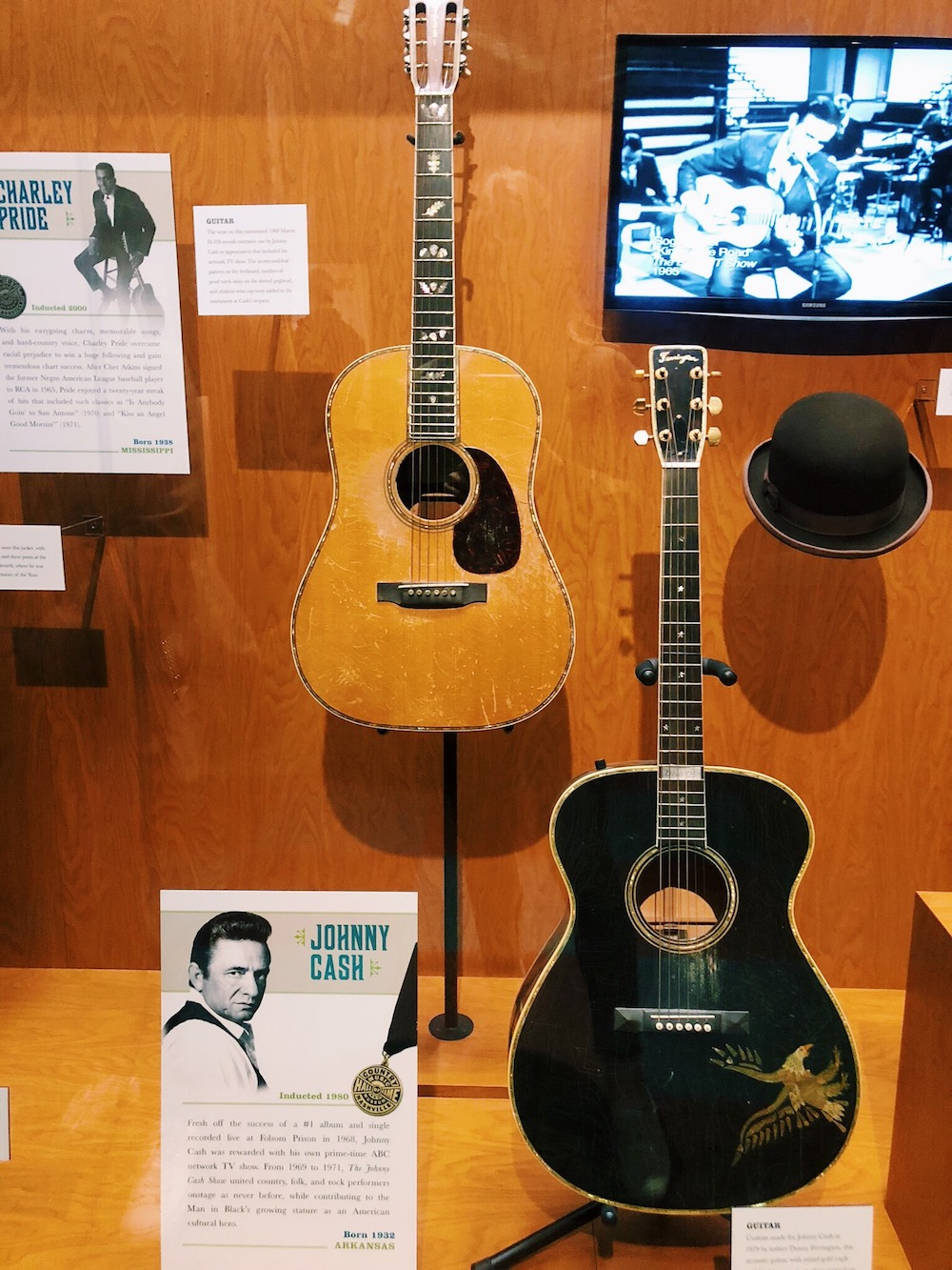 Johnny Cash guitars at CMHF