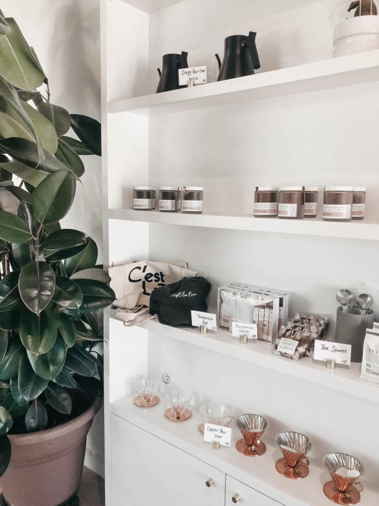 Shelves filled with tea at Teaspressa