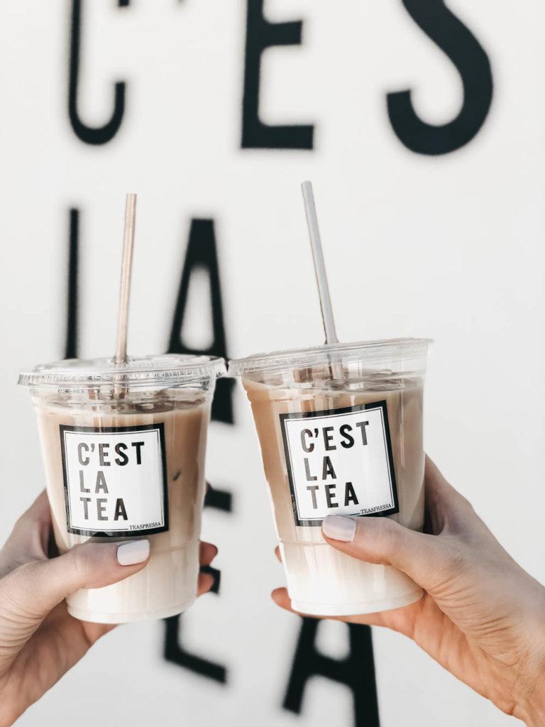 Wall mural with teaspressa tea drinks