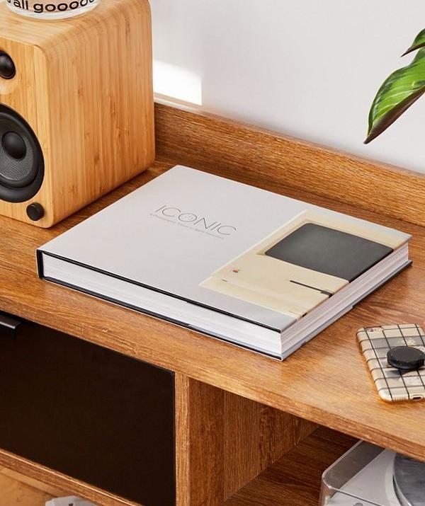 Iconic apple steve jobs innovation coffee table book ideas