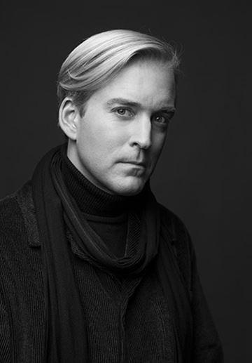 Andreas T Olsson