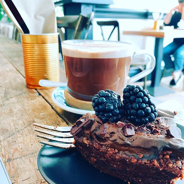 @wolfoxbrighton is just the best. Coconut milk hot cacao and a raw choc avocado tart. Was loving life on my work adventure today... . . . YUM.