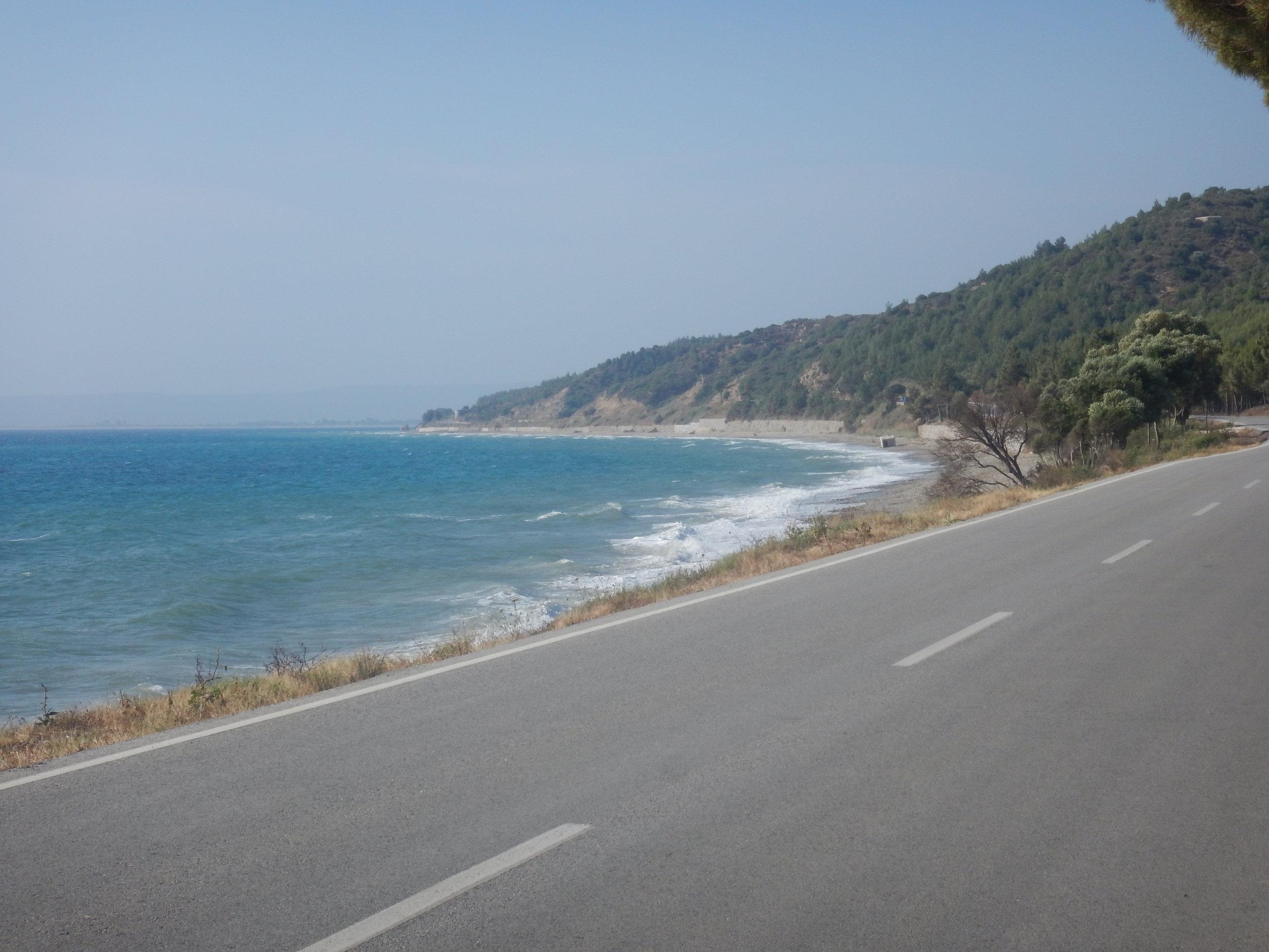 Cycling on Turkish roads - wheretheresawheel