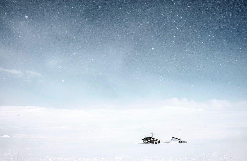 snowhouse850.jpg