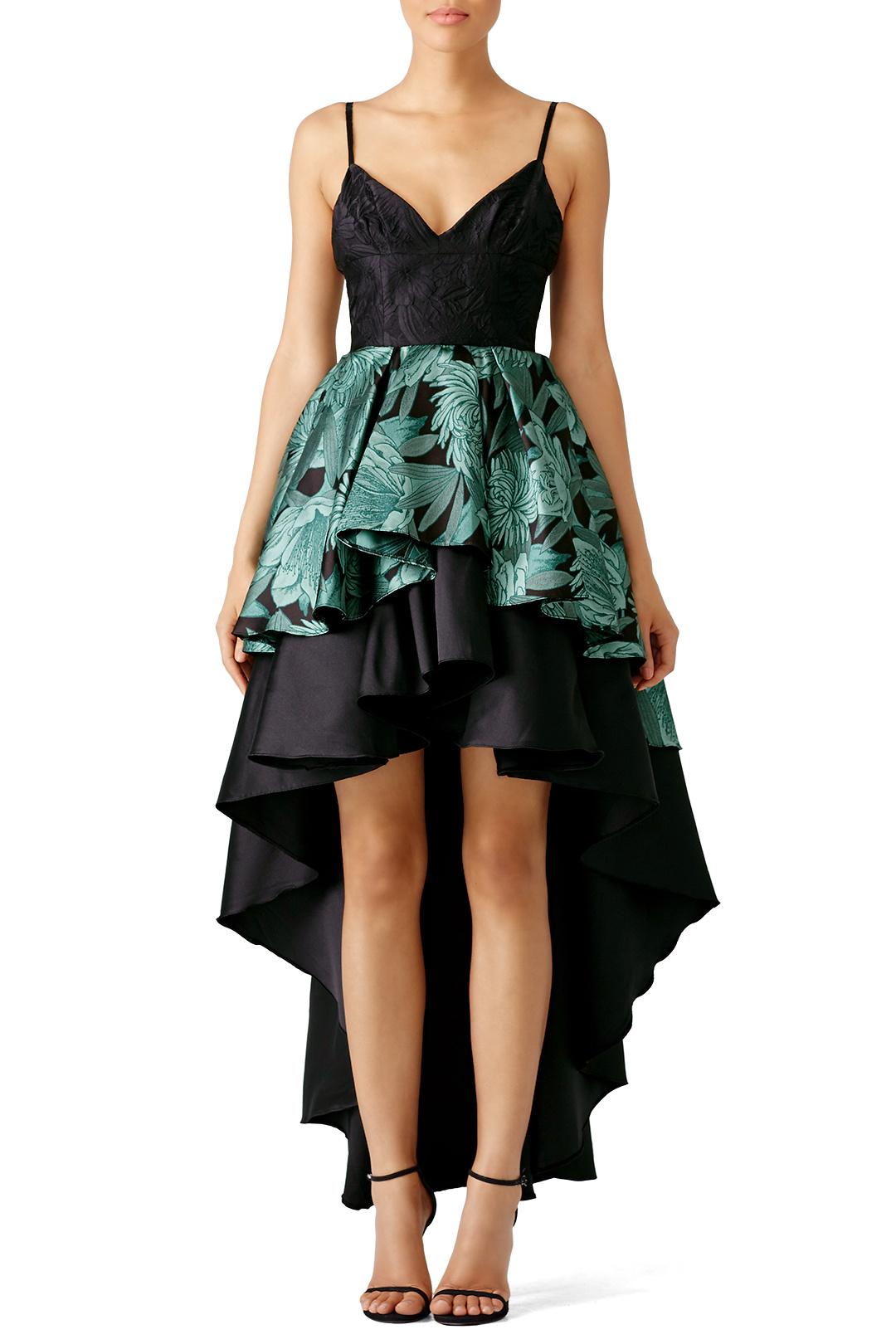 Gown: Christian Pellizzari via Rent the Runway