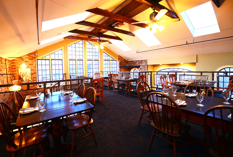 roberto's_real_american_tavern_historic5.jpg