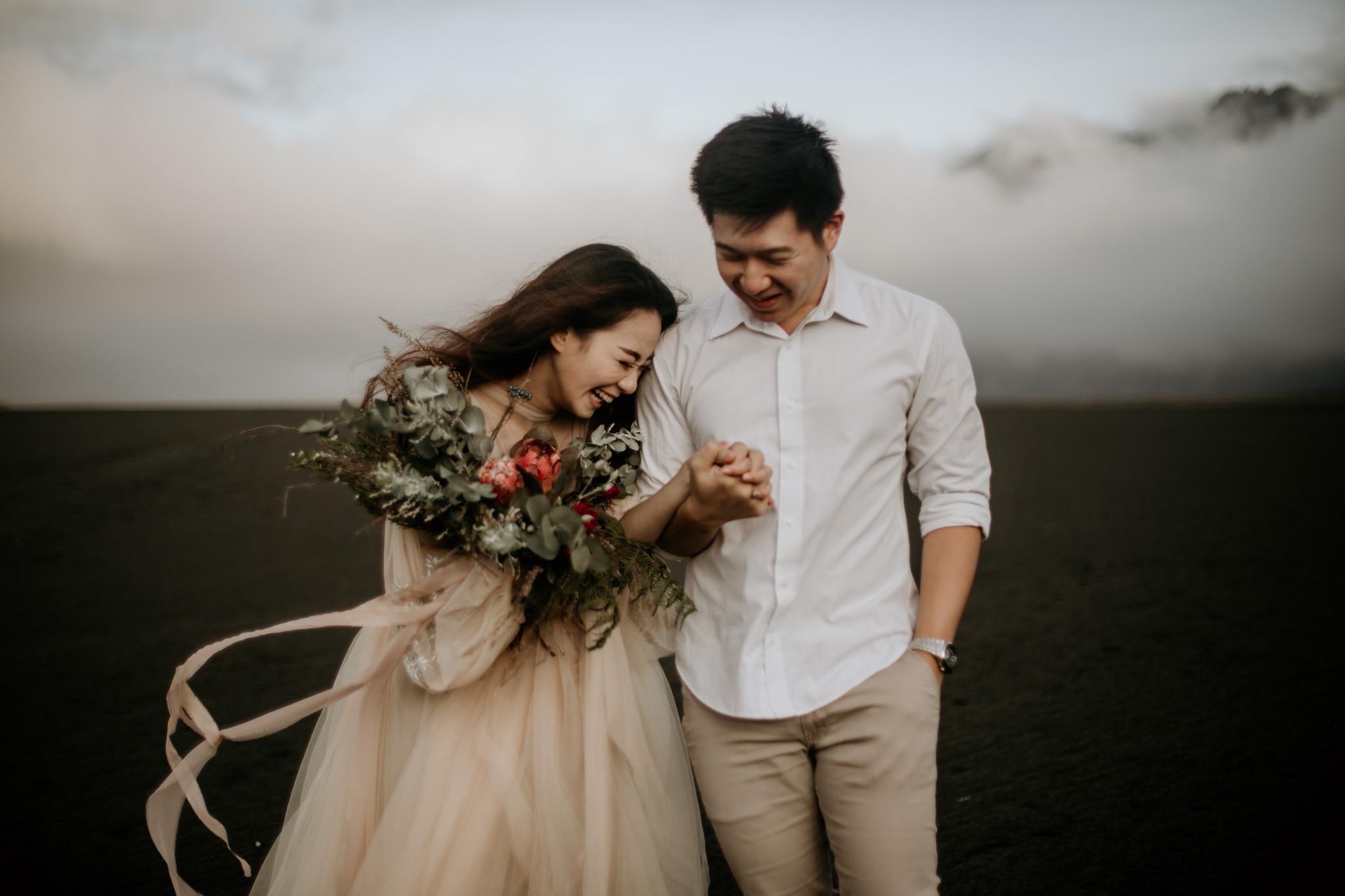 bromo_elopement_photographer_christineadel_weddingphotography_romantic_indonesia (3).JPG