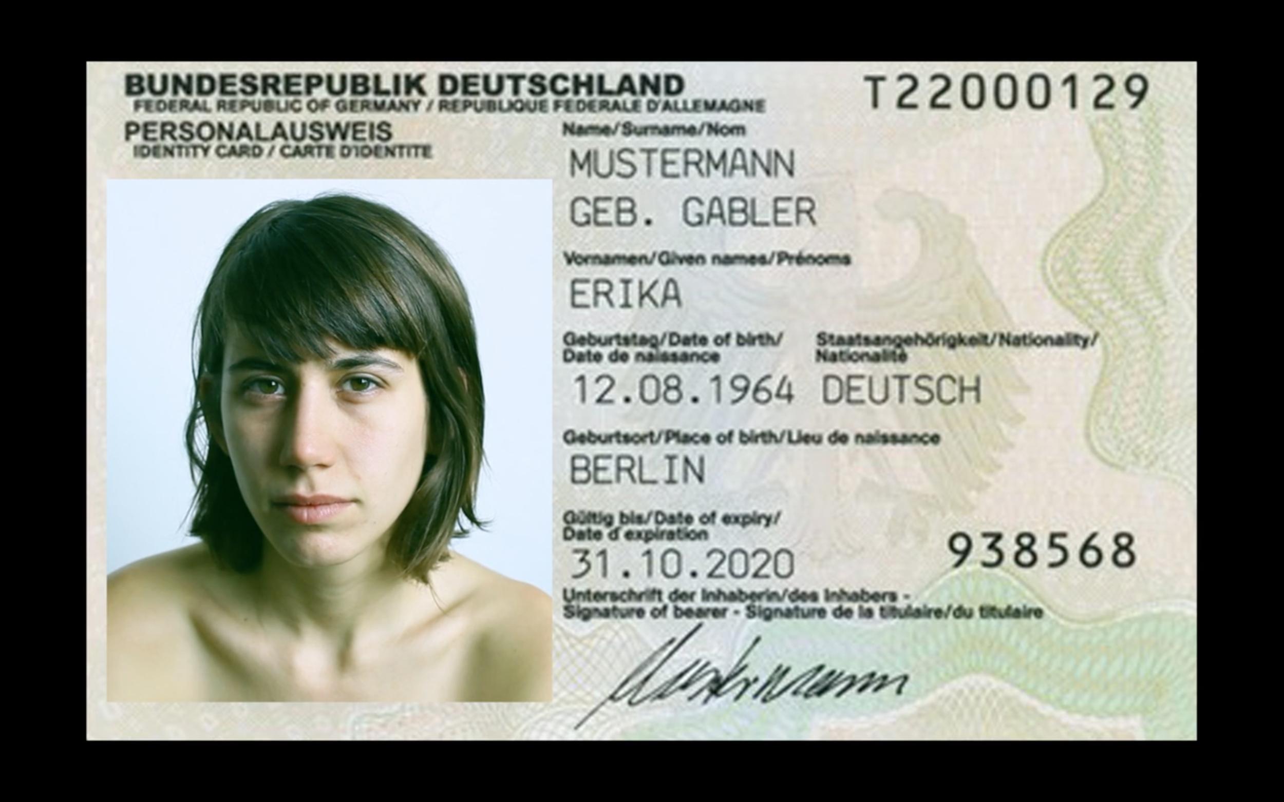 """Protocols Magazine: About Shasha Dothan's """"I Love Germany"""""""