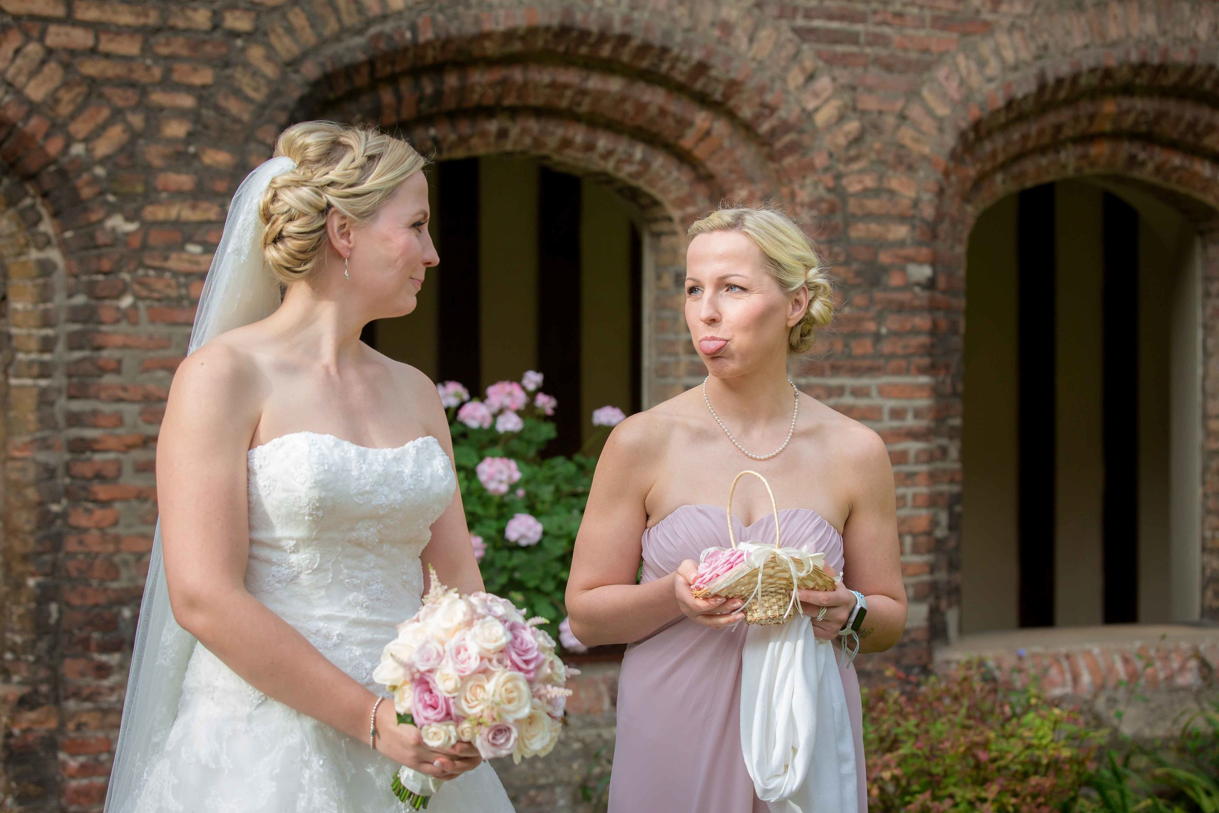 Adrian_Nicole_Charnwood_Weddings_Queens_College_Cambridge-1008.jpg