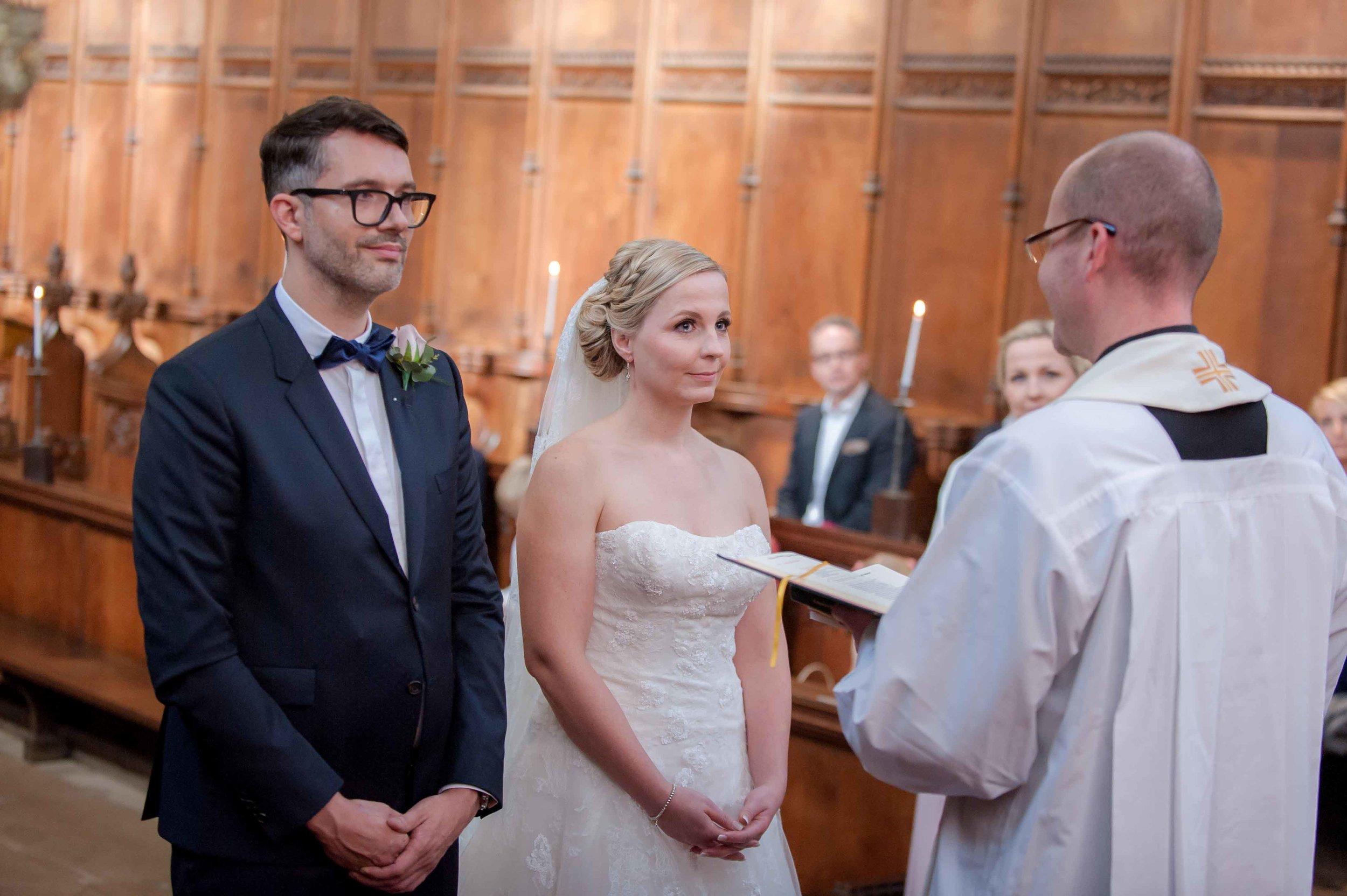 Adrian_Nicole_Charnwood_Weddings_Queens_College_Cambridge-1016.jpg