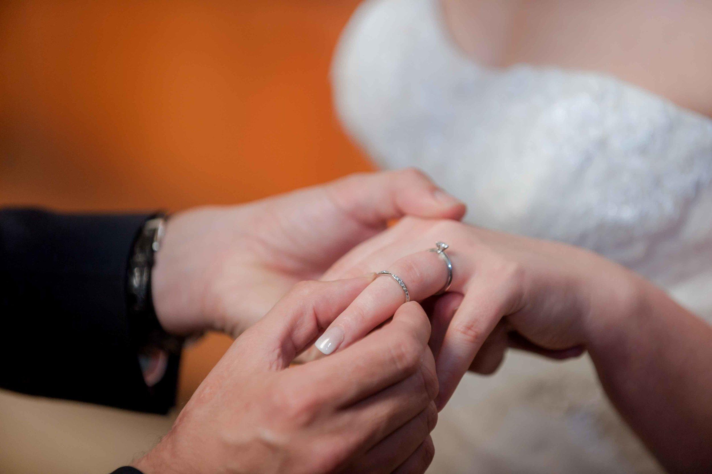 Adrian_Nicole_Charnwood_Weddings_Queens_College_Cambridge-1023.jpg