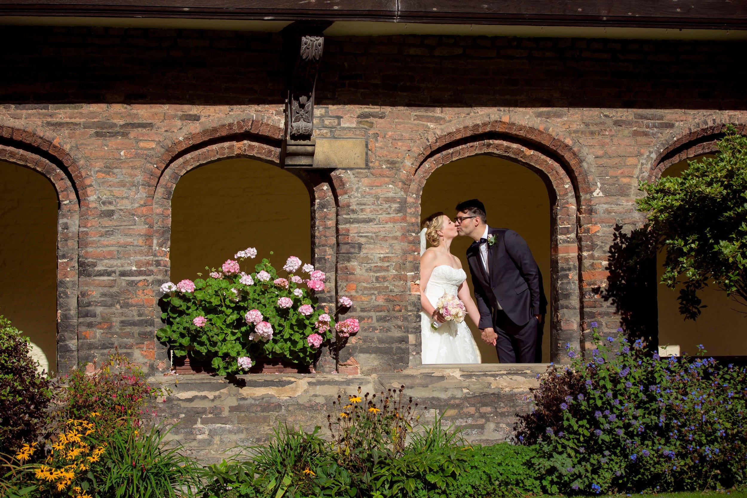 Adrian_Nicole_Charnwood_Weddings_Queens_College_Cambridge-1030.jpg