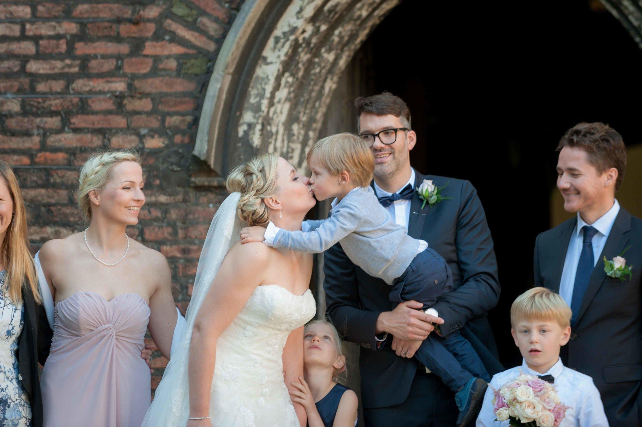 Adrian_Nicole_Charnwood_Weddings_Queens_College_Cambridge-1039.jpg