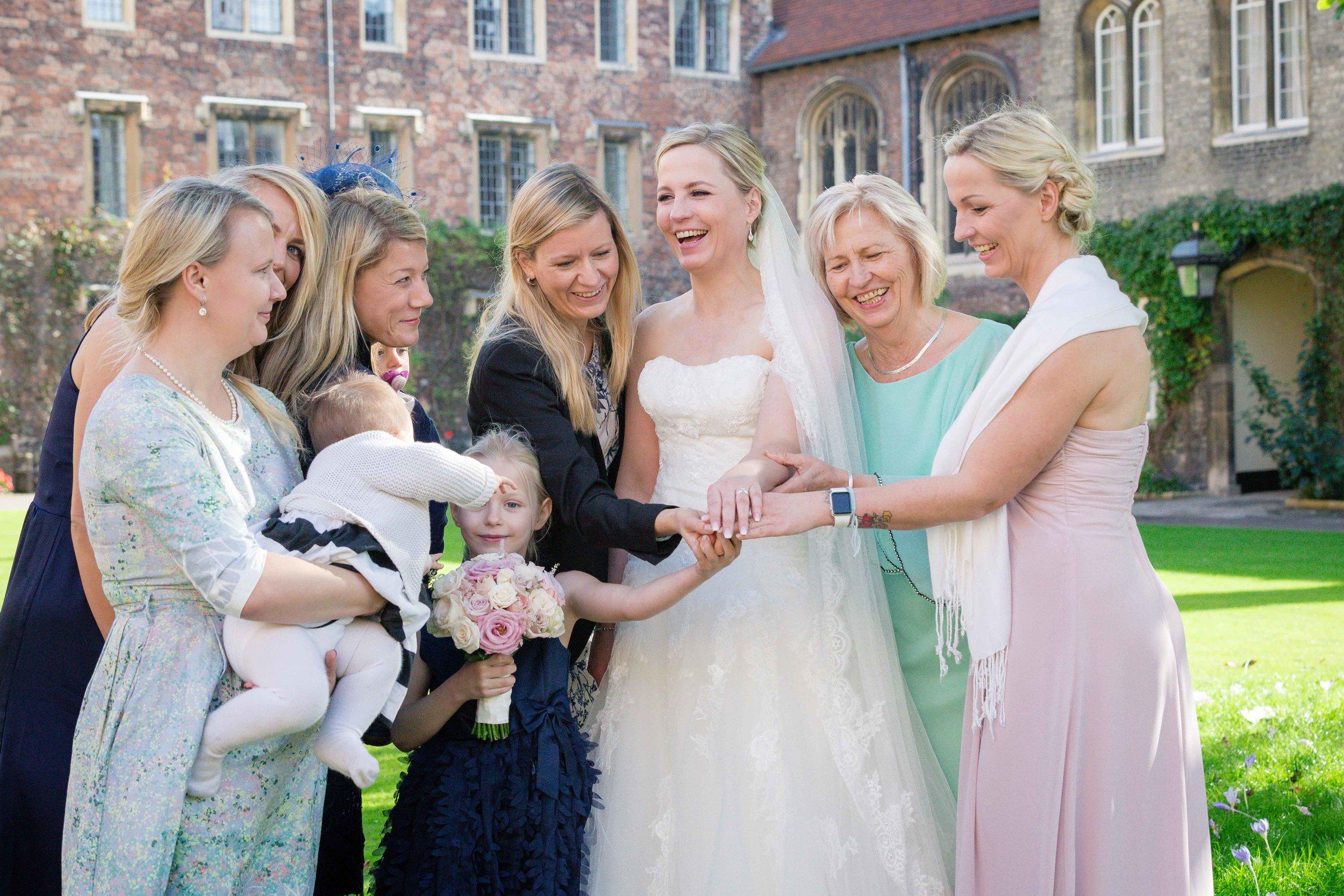 Adrian_Nicole_Charnwood_Weddings_Queens_College_Cambridge-1044.jpg