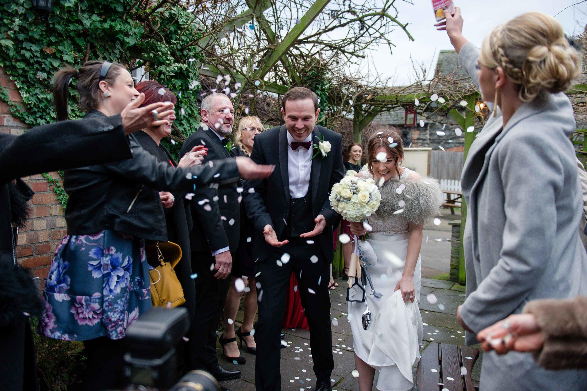 Charnwood-Weddings-Matt-Lucy-1041.jpg