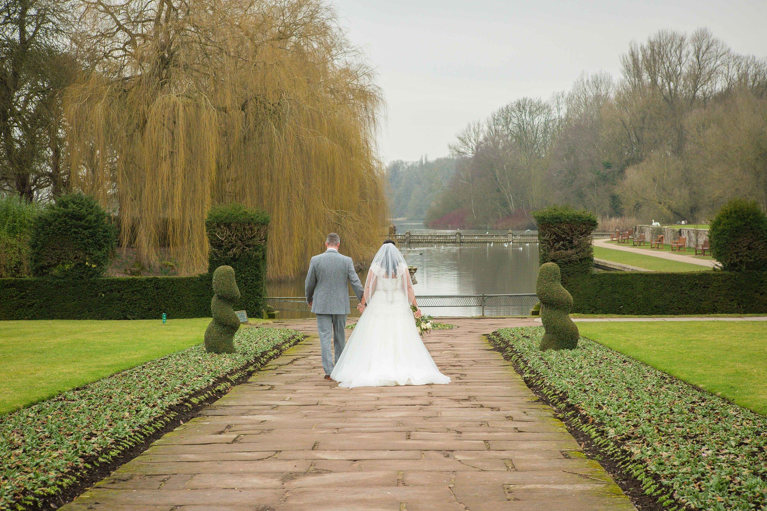 14.02.17 - Matt-Faye-Coombe-Abbey-Valentine-Wedding-Charnwood-Photography-1059.jpg
