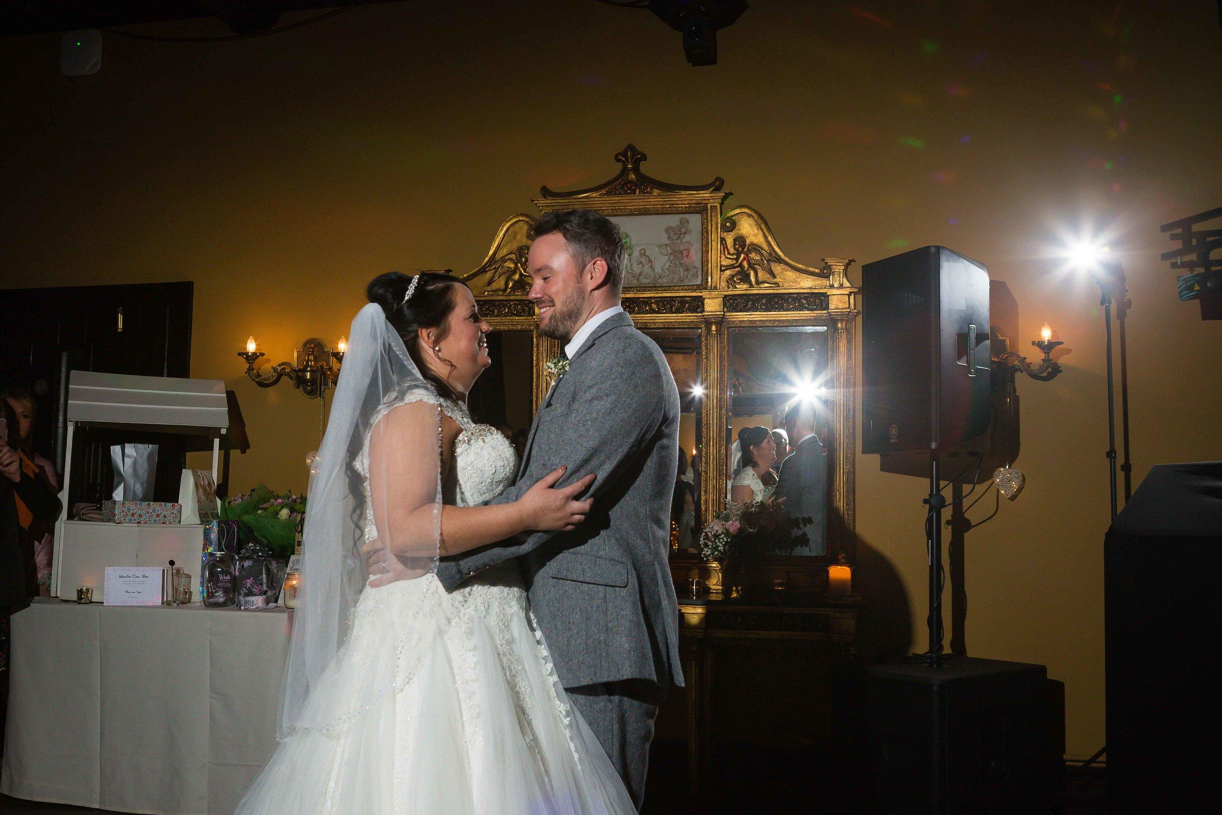 14.02.17 - Matt-Faye-Coombe-Abbey-Valentine-Wedding-Charnwood-Photography-1092.jpg