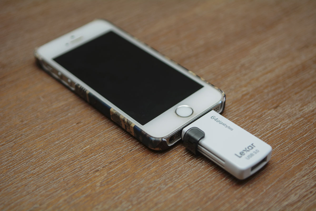 Lexar JumpDrive M20i plugged into my iPhone 5S
