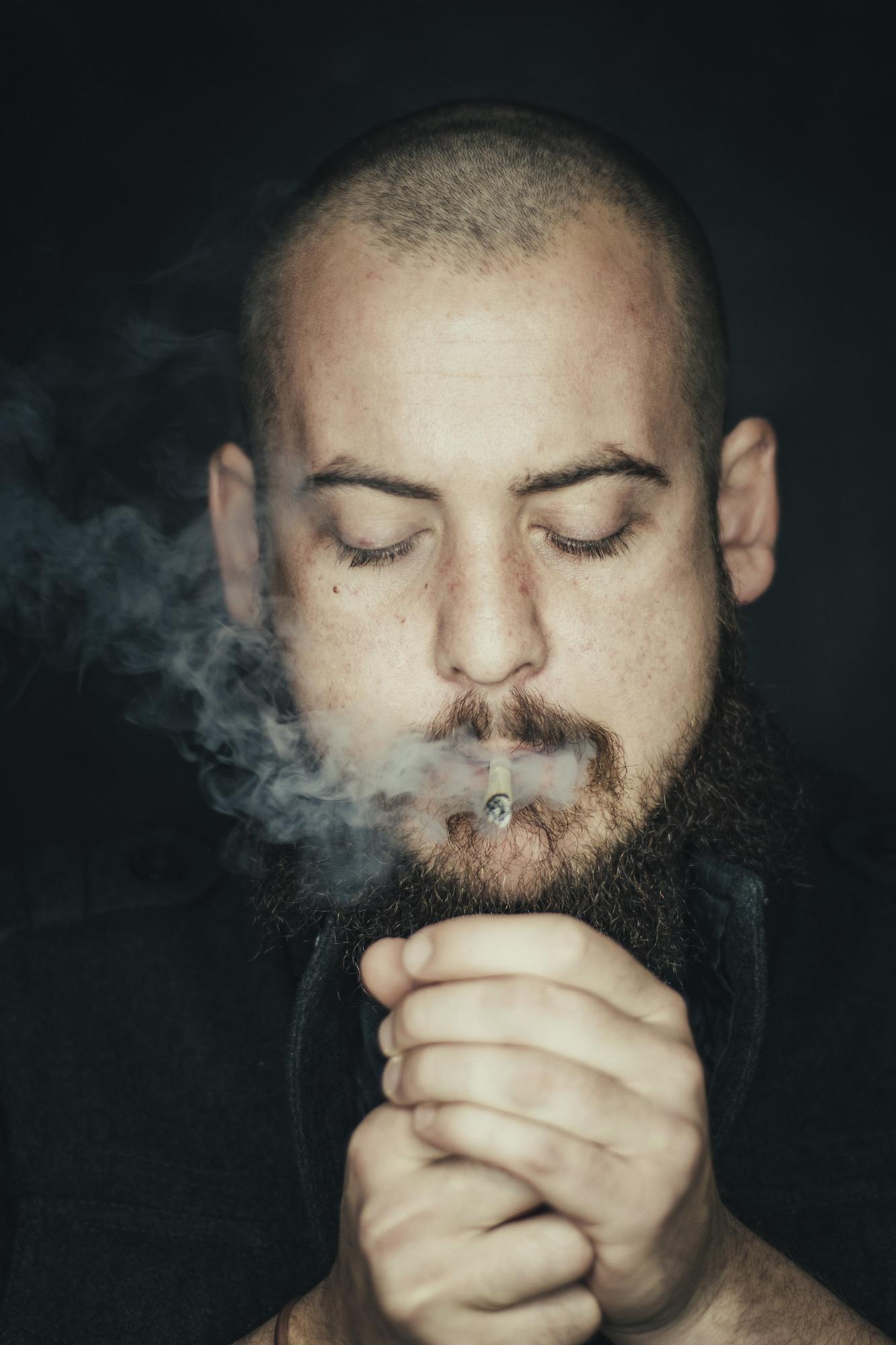 byjono ring light portrait