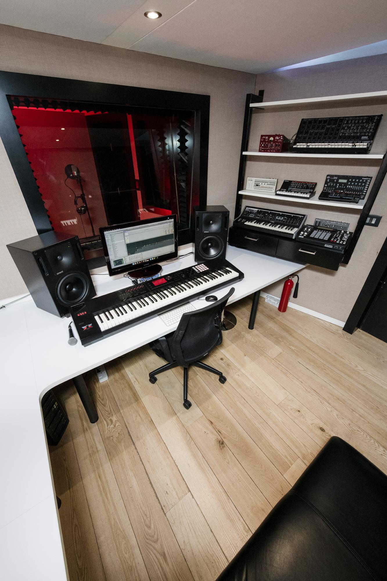 Studio_ B.jpg