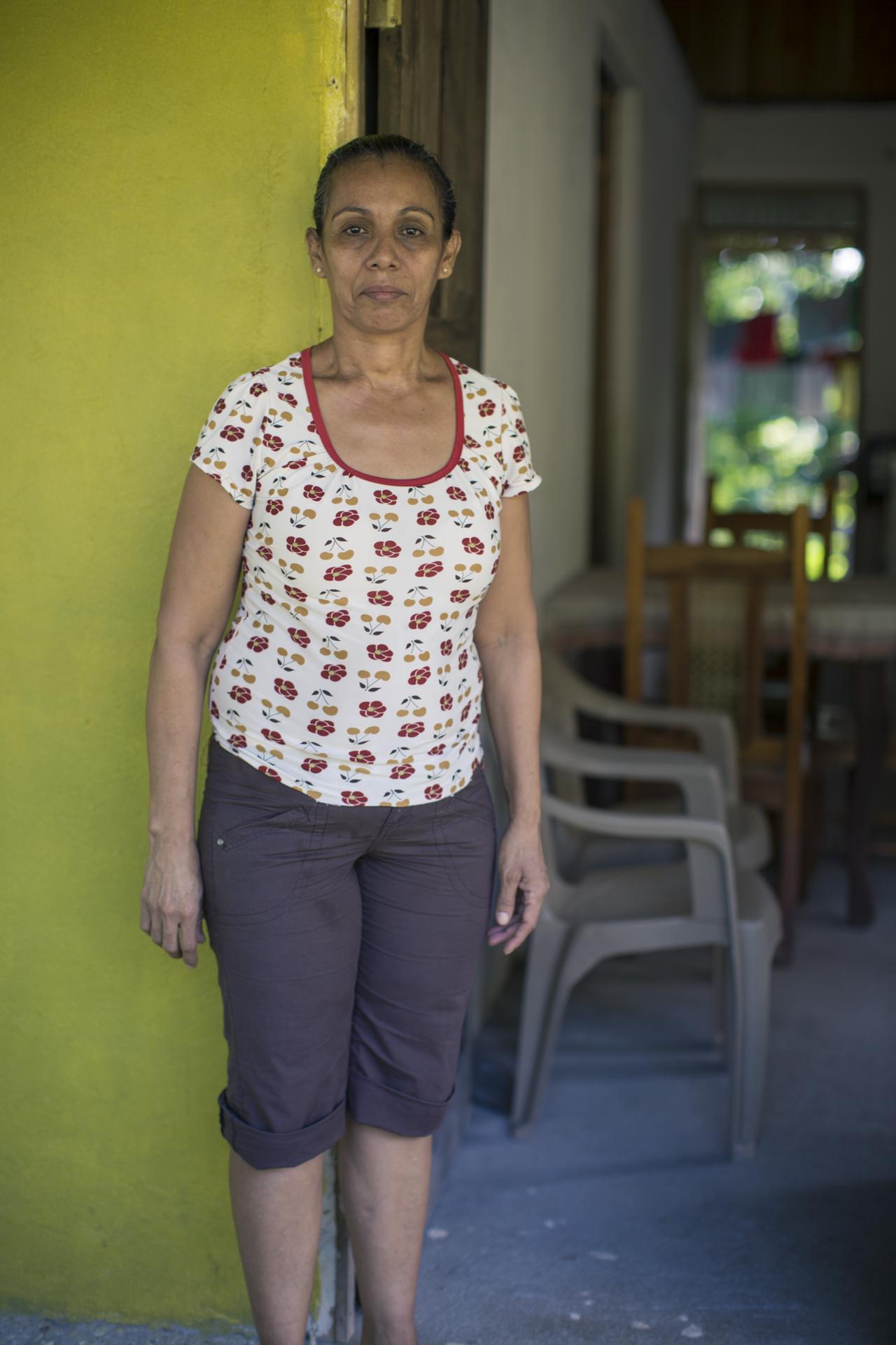 Doña Rosa Carrillo, nativa de Sonzapote, trabaja junto a su comunidad para enfrentar las adversidades que hoy enfrentan.