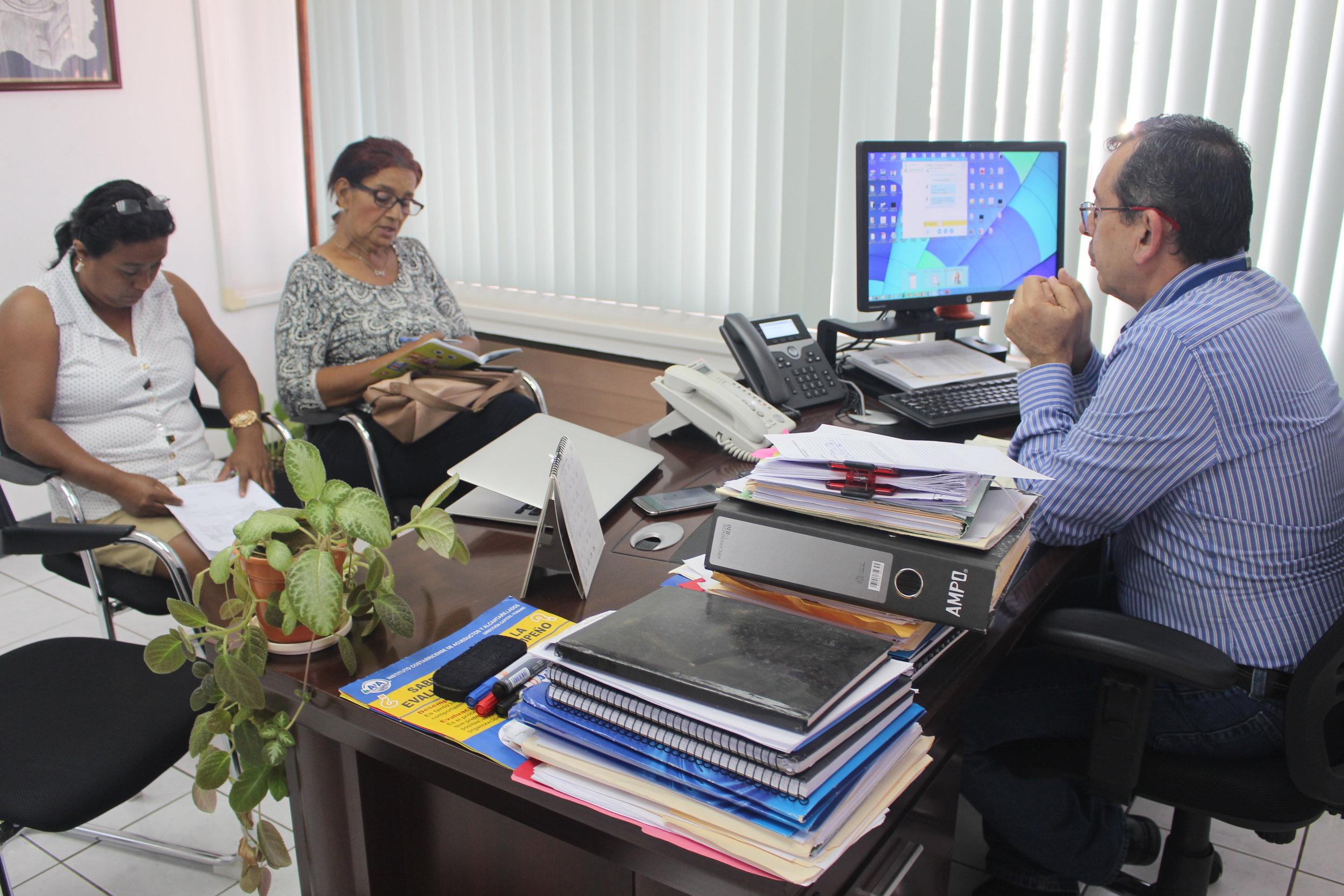 El Director Regional del AyA atendió a nuestro Equipo de Comunicación.(Imagen de la Red del Golfo)