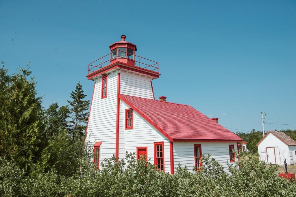 Mississagi Lighthouse (Photo:  Chris+Nicole )