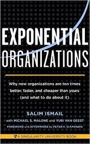 Salim Ismail von der Singularity University zeigt sehr anschaulich, was die zehn Merkmale von Organisationen sind, die mit vergleichsweise wenig Ressourcen sehr effizient arbeiten. Das Konzept der exponentiellen Organisation nimmt viele Entwicklungsmöglichkeiten für Unternehmen vorweg, die sich aus der Digitalisierung ergeben.