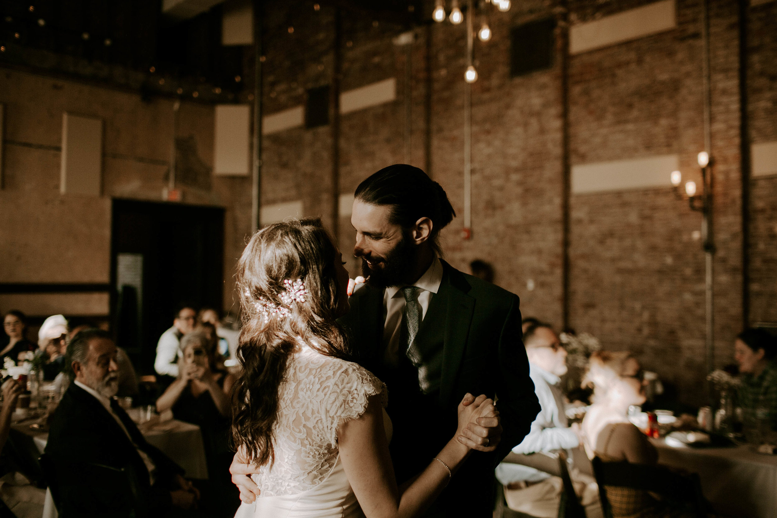 Lindsay+++Josh+_+Indianapolis+Wedding-69.jpg