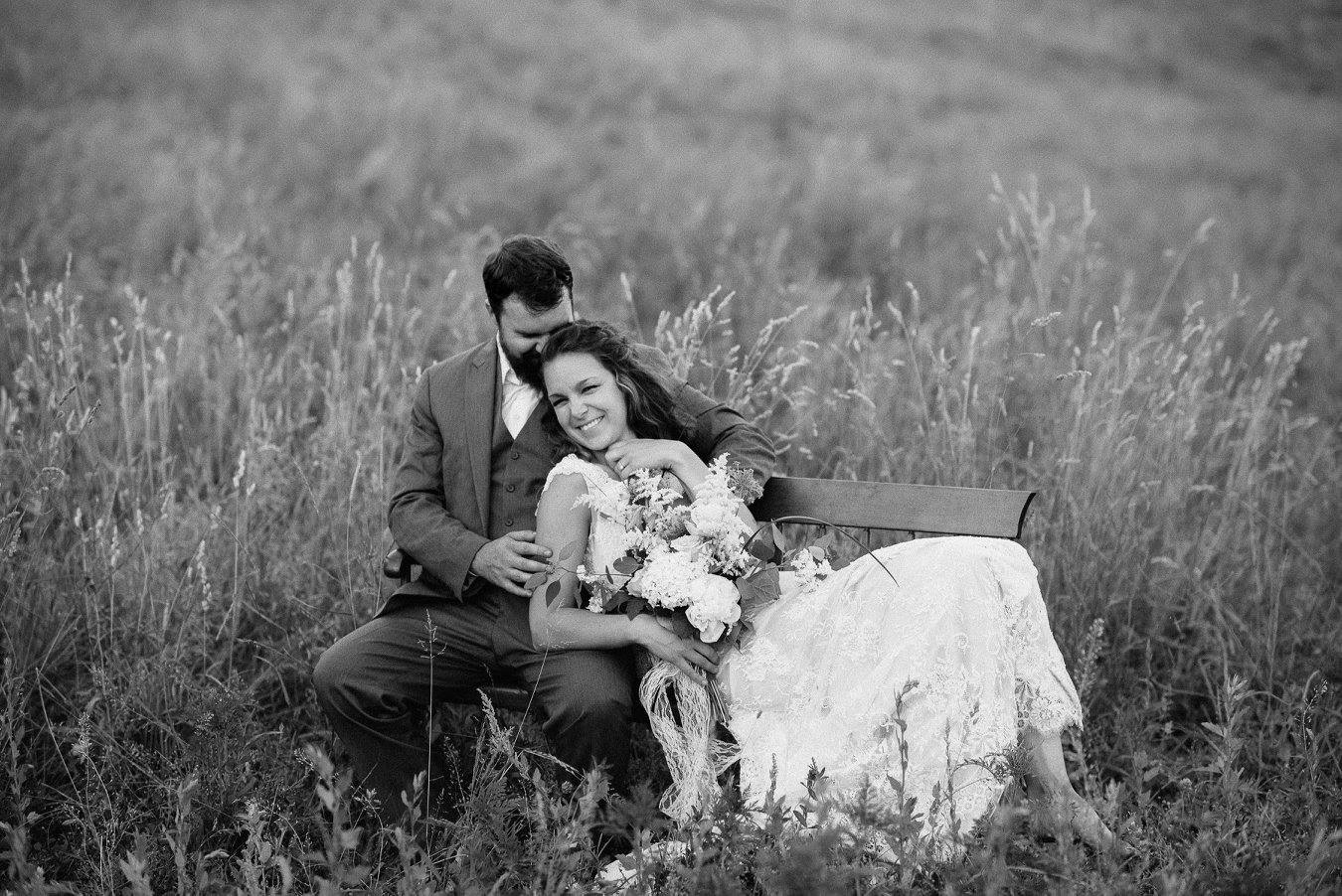bride and groom in new hampshire field