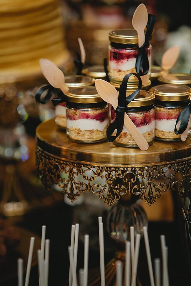 wedding dessert to go