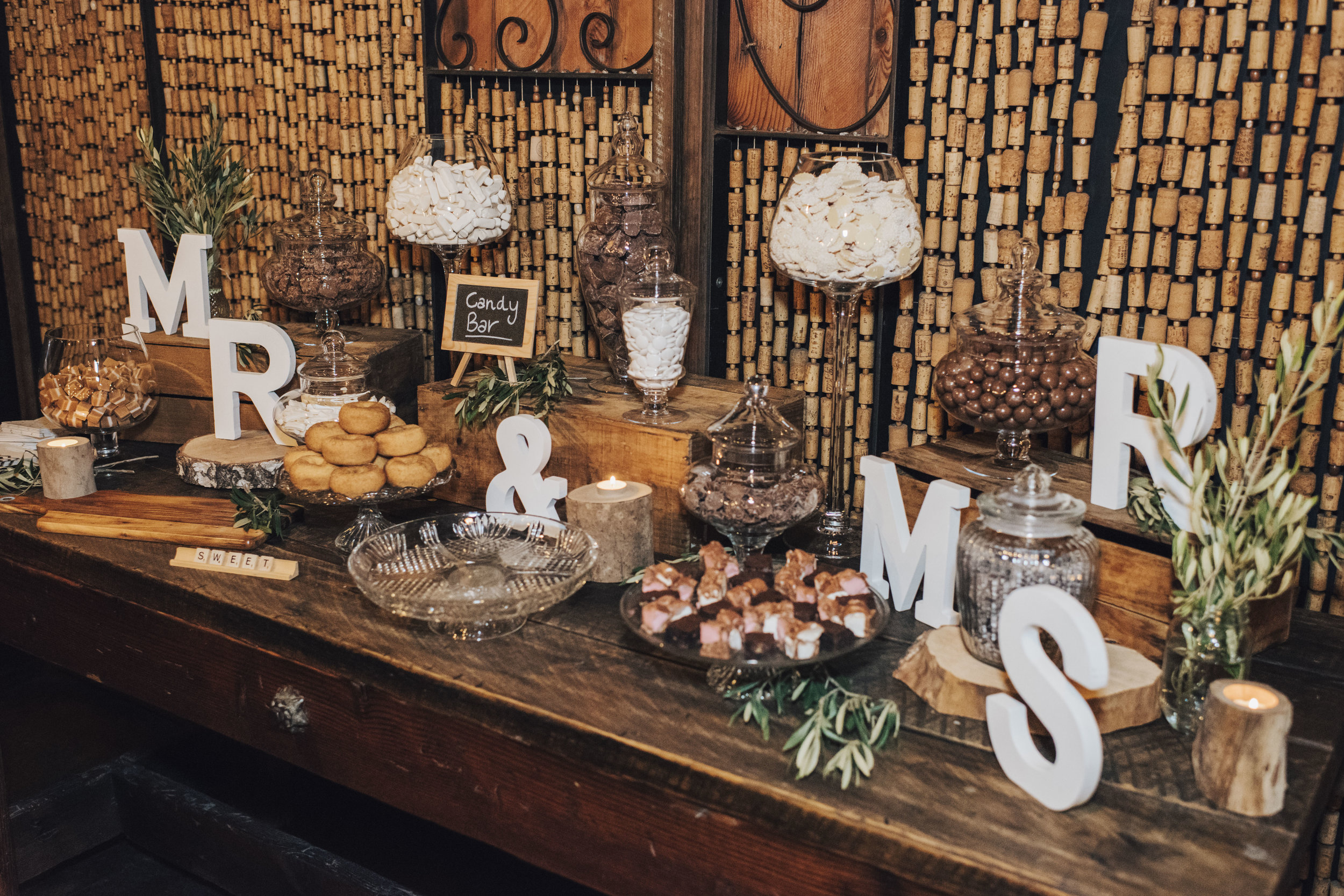 MR & MRS rustic decor