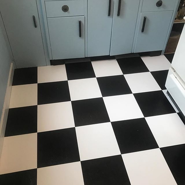 Our client wanted a black and white vinyl tile floor so that's exactly what they got. Looks fresh.  #newfloor #vinyltile #southjerseyhandyman #southjerseycontractors #phillyhandyman #phillycontractor #builtbybrightstar