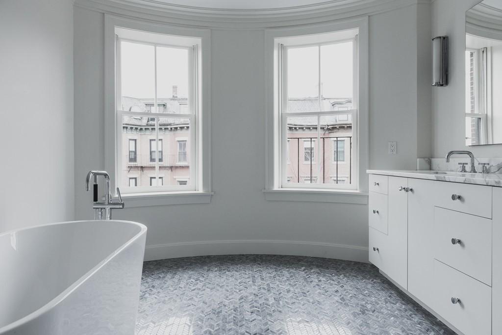 sold - 156 w. concord - penthouse - south end, boston - 3 bed 3.5 bath w. 2 decks & 1 parking space - b. star