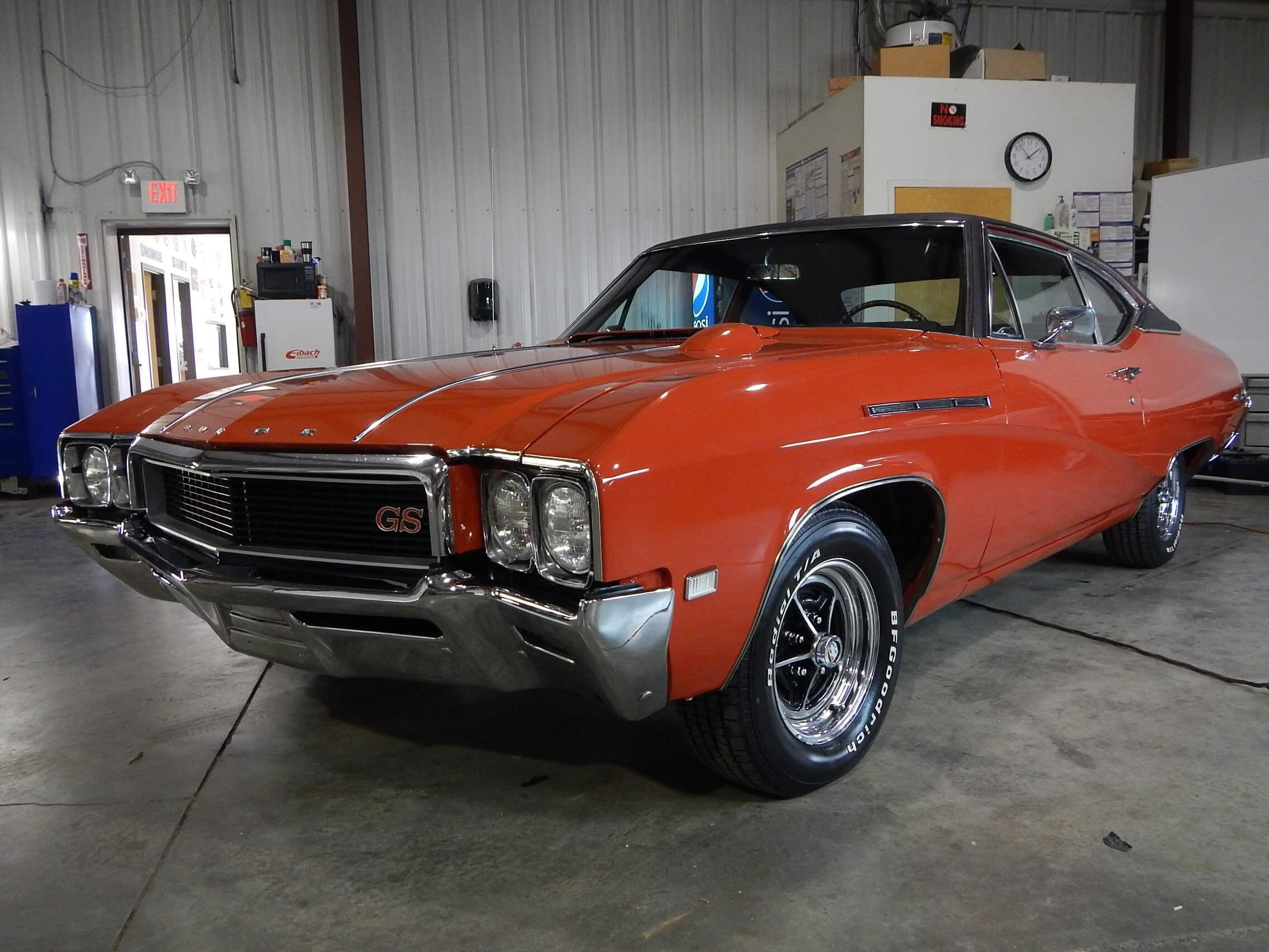 1968 Buick GS 350 red.JPG