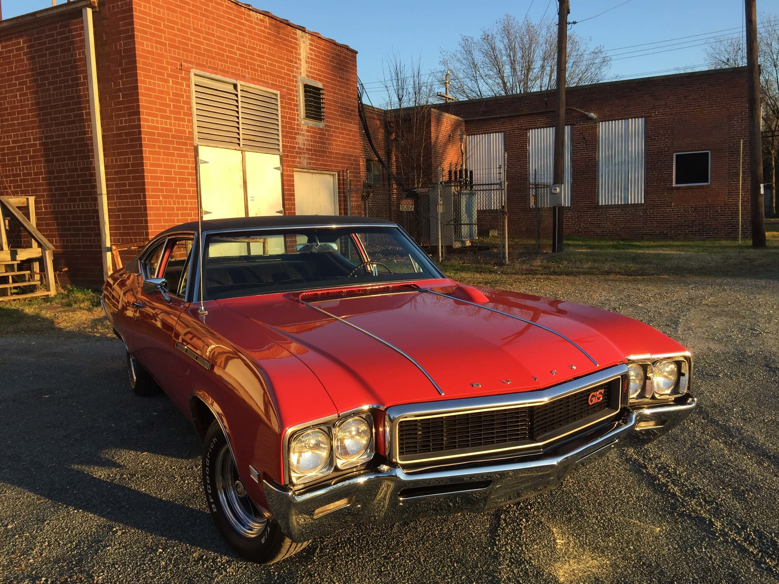 1968 Buick GS 350 Front End.JPG