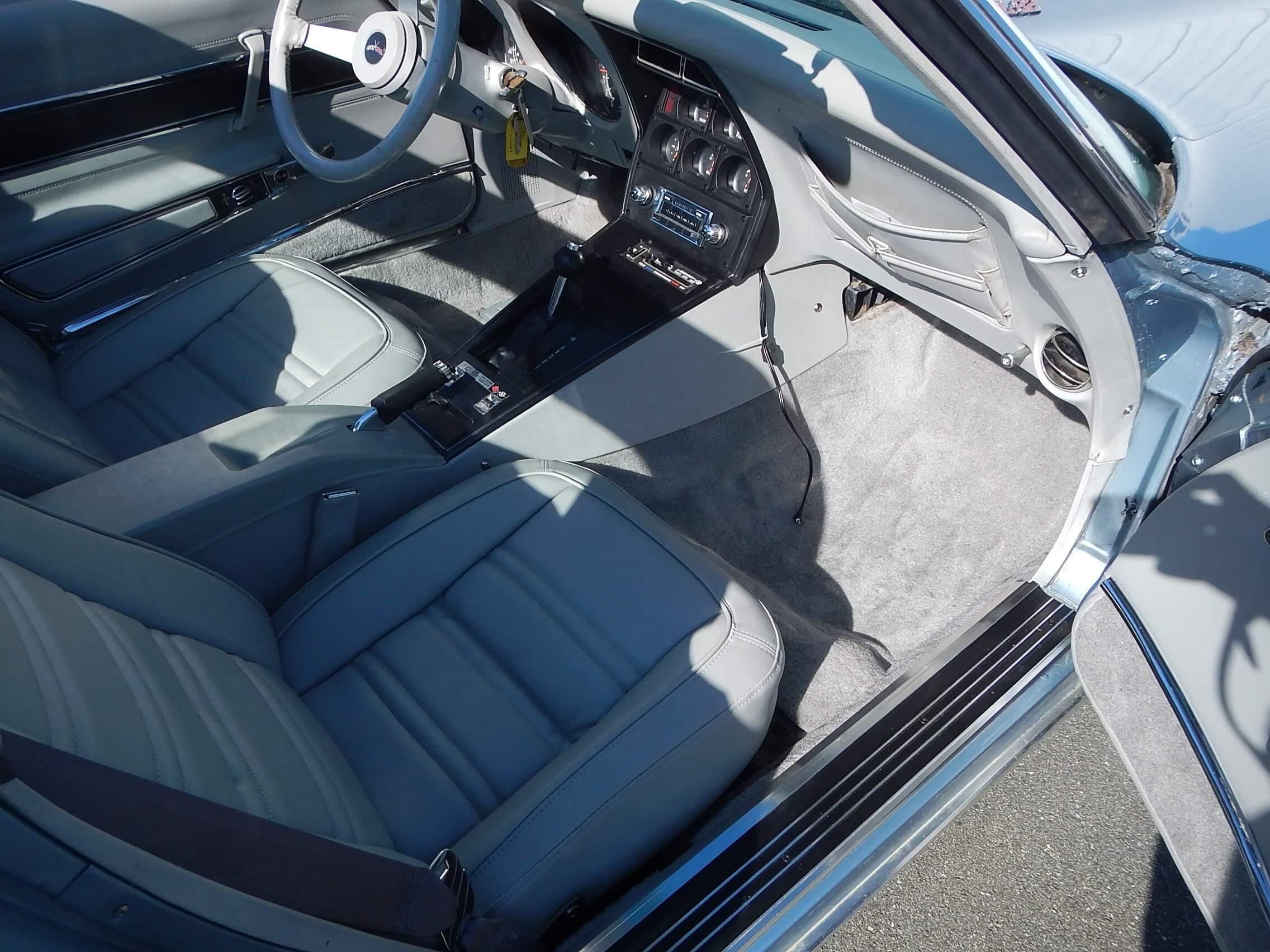 1977 Corvette Coupe restoration 62.JPG