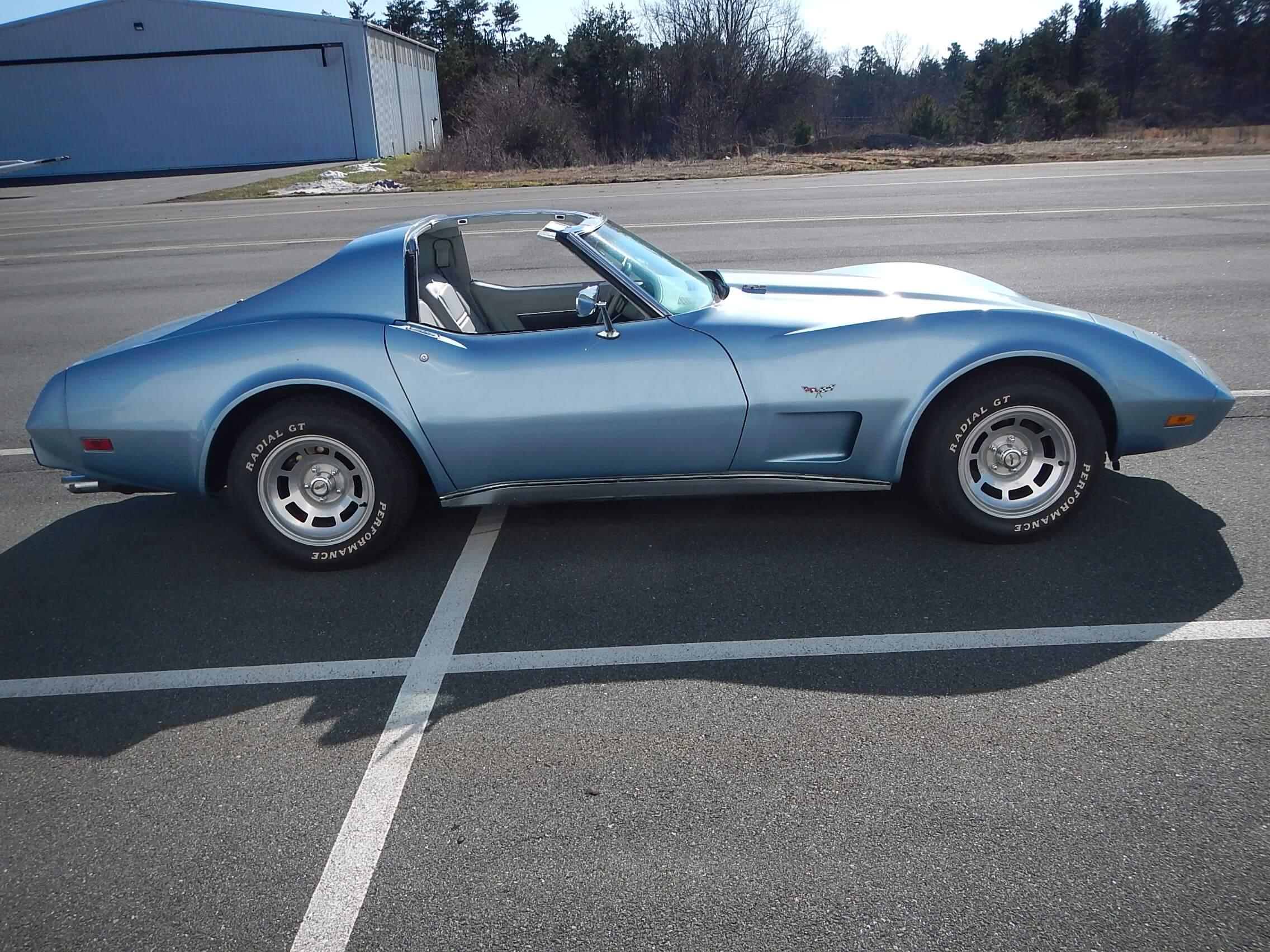 1977 Corvette Coupe restoration 42.JPG