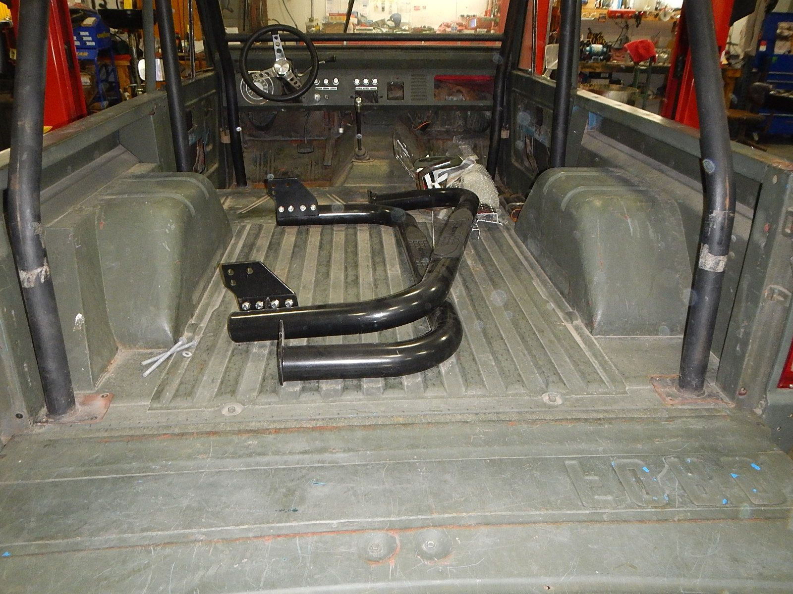 1972 Bronco restoration dis assembly 005.jpg