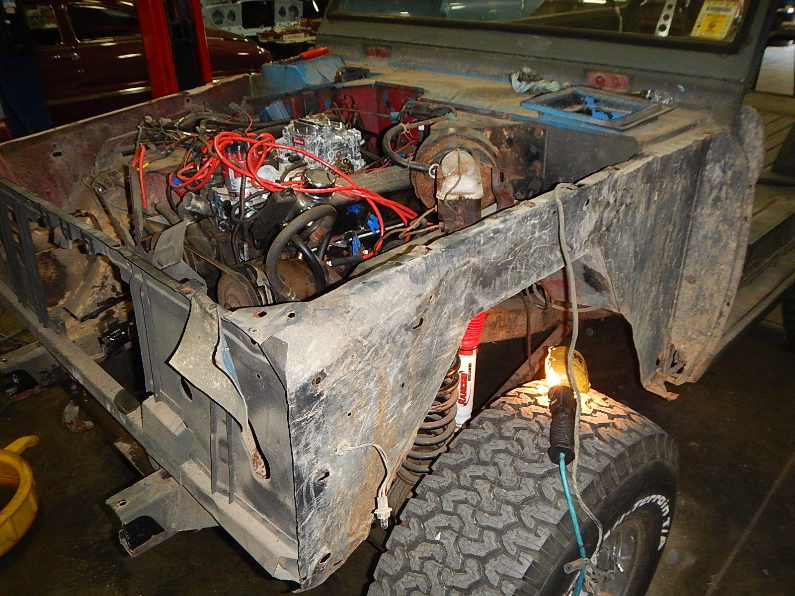 1972 Bronco restoration dis assembly 024.jpg