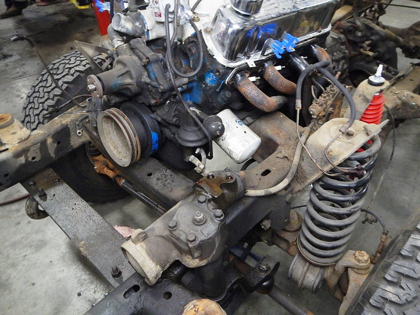 1972 Bronco restoration dis assembly 065.jpg