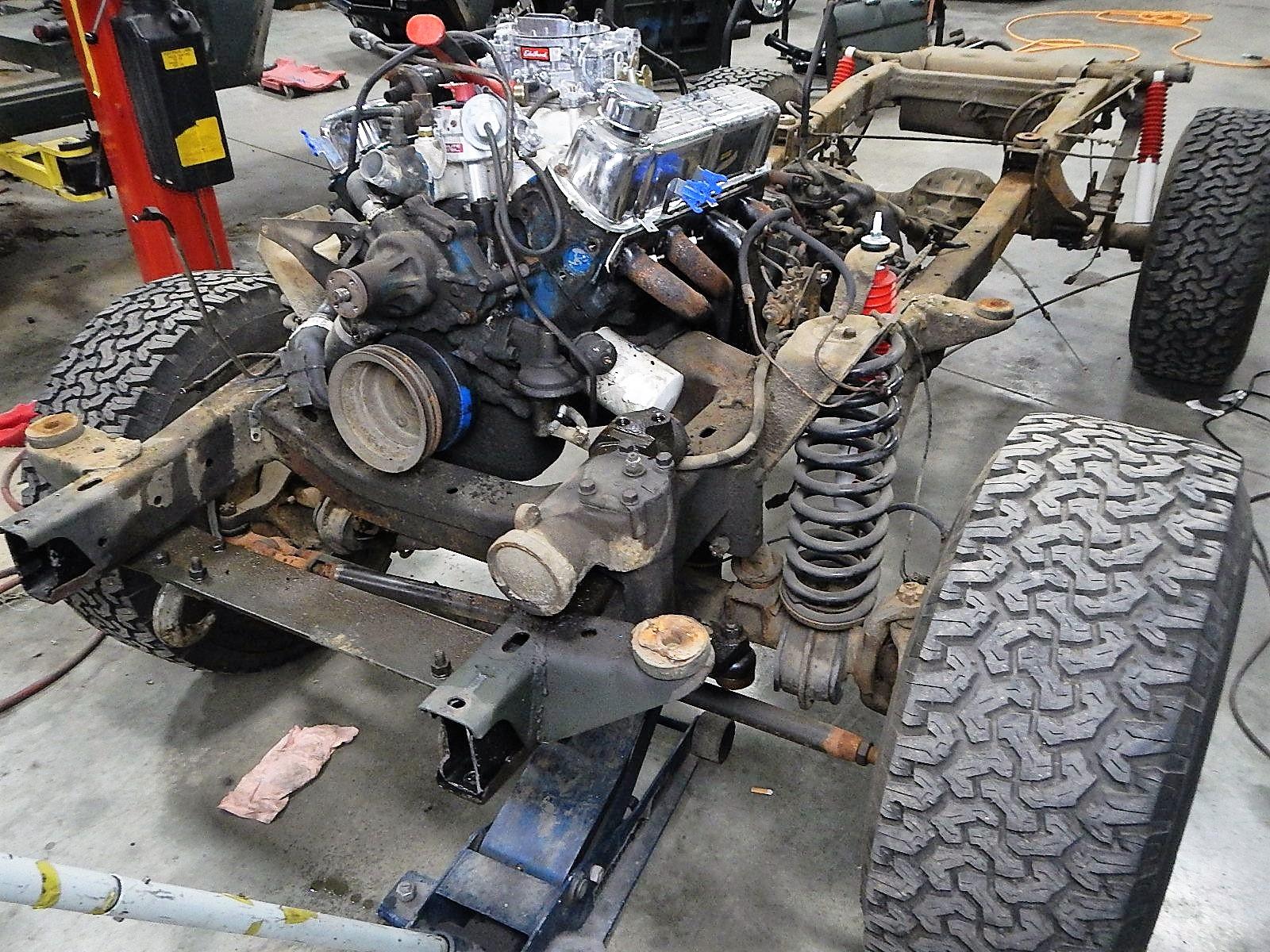 1972 Bronco restoration dis assembly 068.jpg